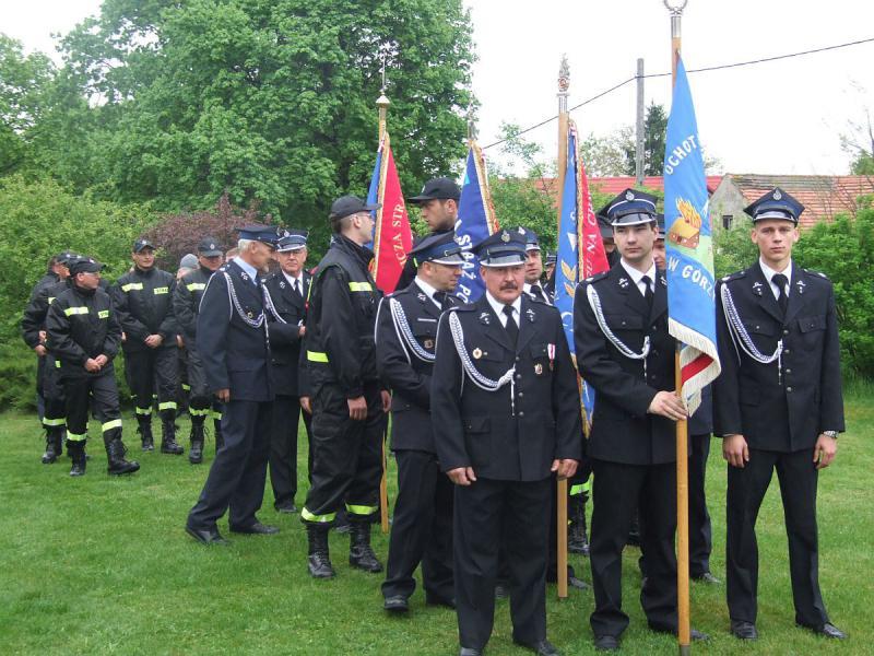 Straż pożarna w odświętnych mundurach